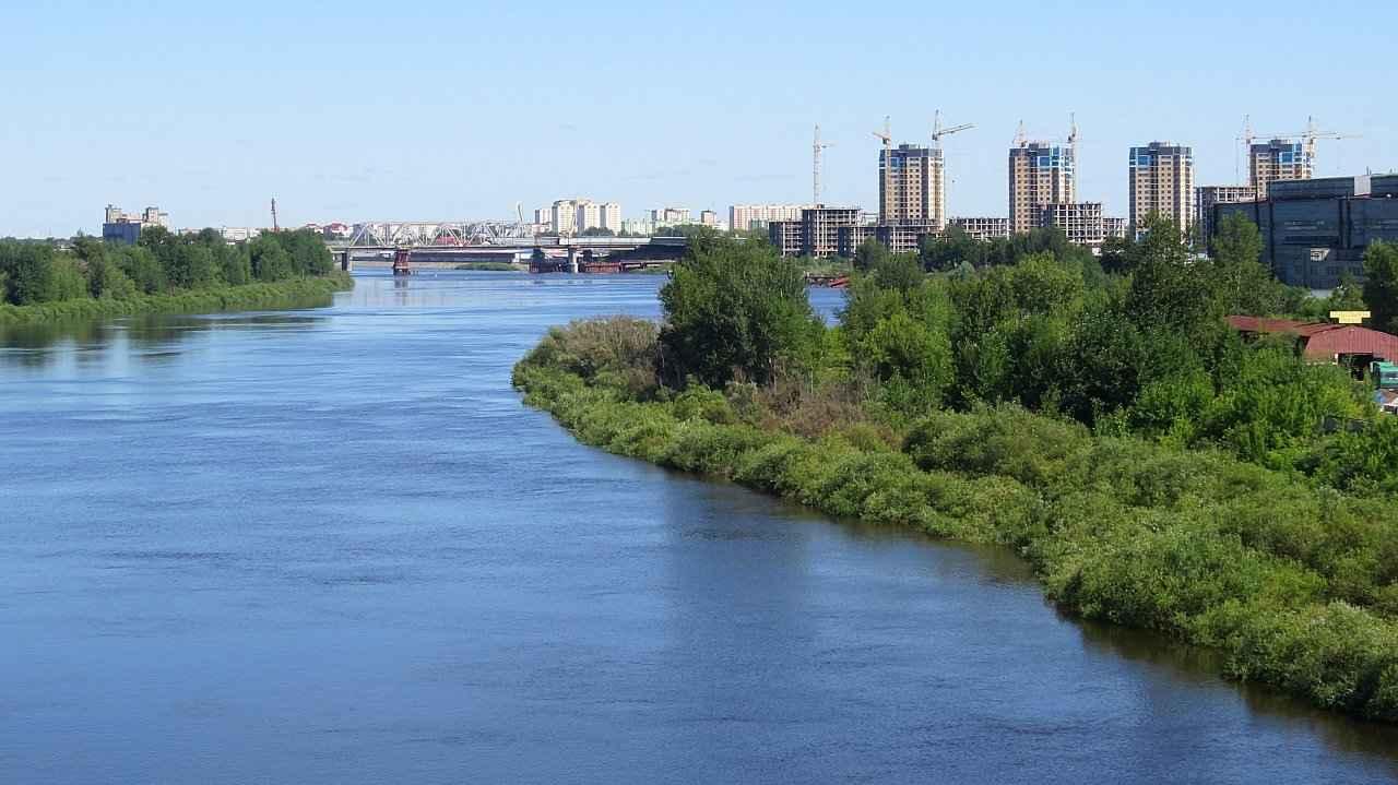 река Тура в Тюмени