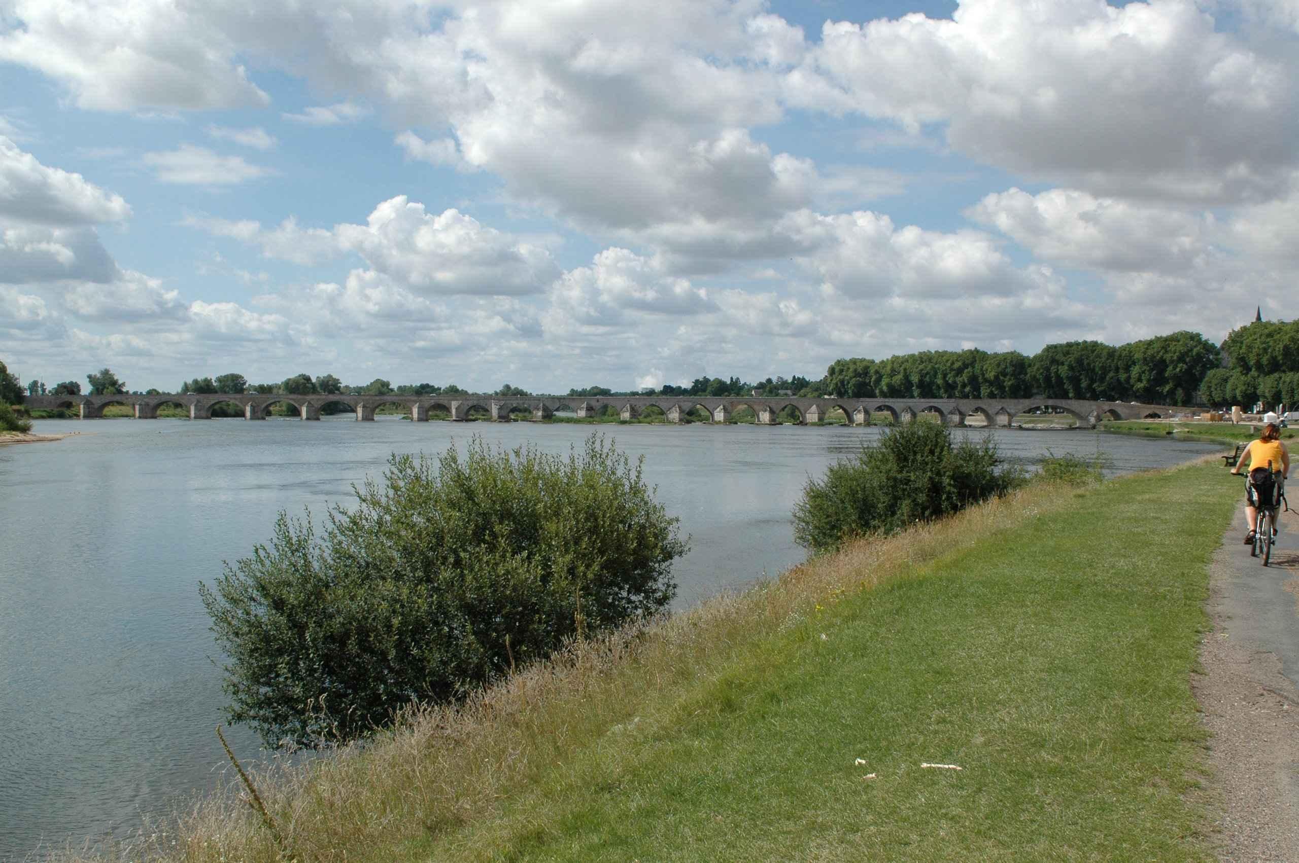 Река Луар во Франции