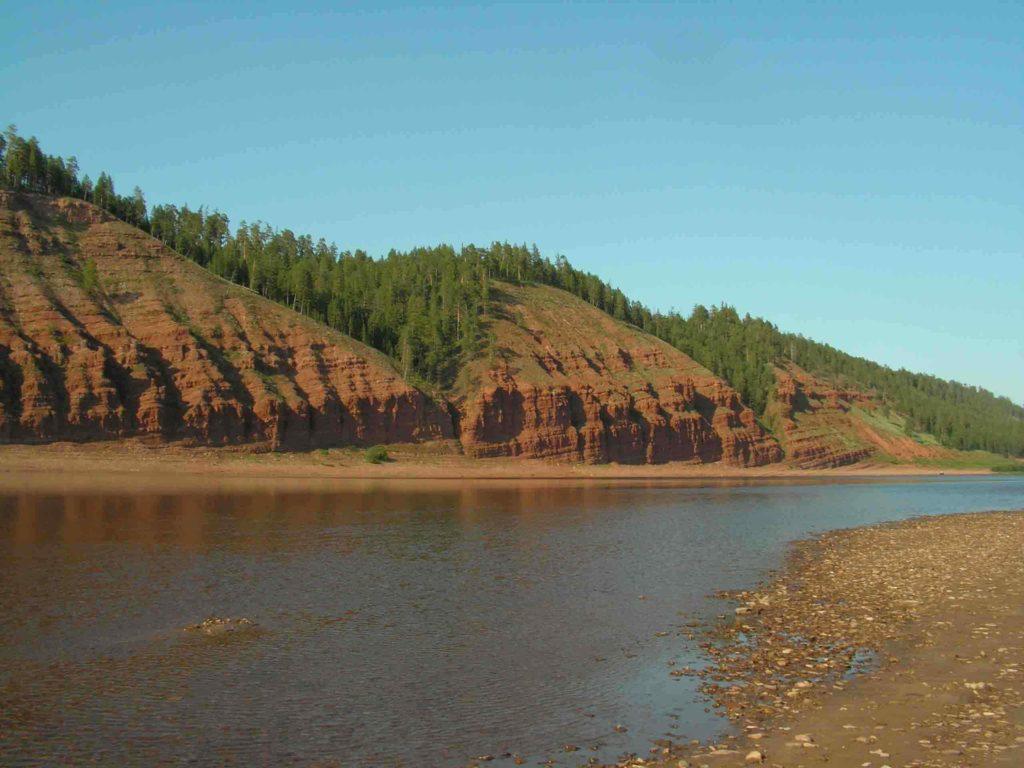 где находится река лена