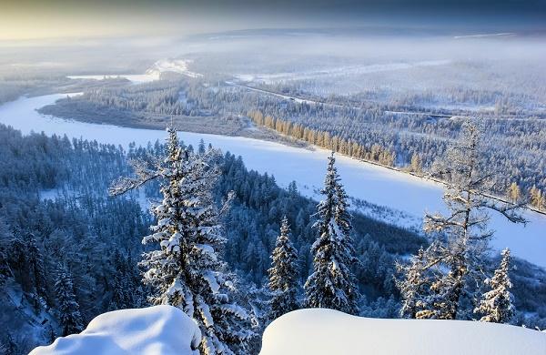 Река зимой. Якутия
