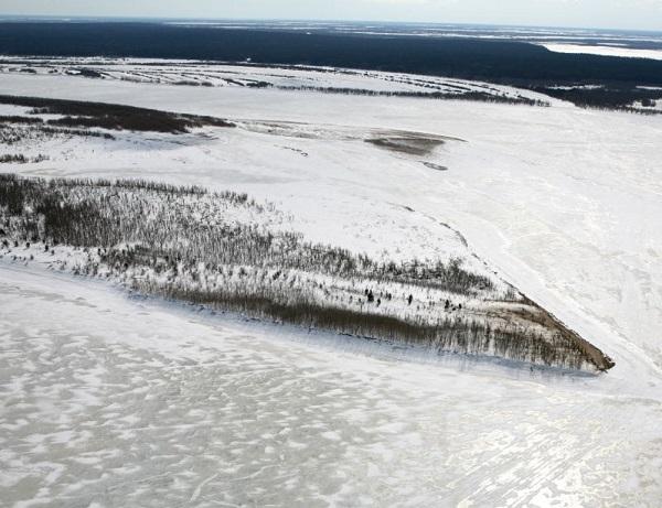 Река Обь зимой