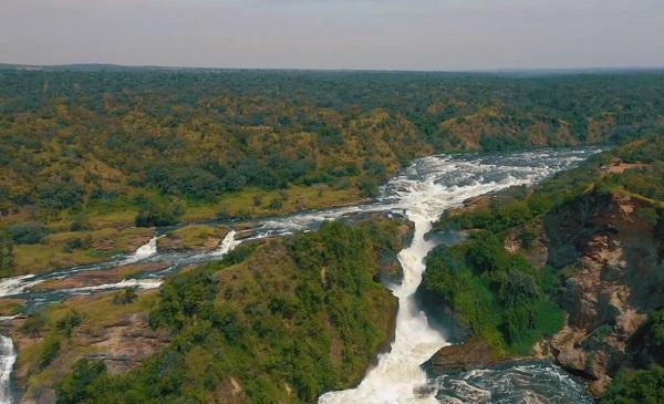 Уганда. Национальньй заповедник. Река Нил