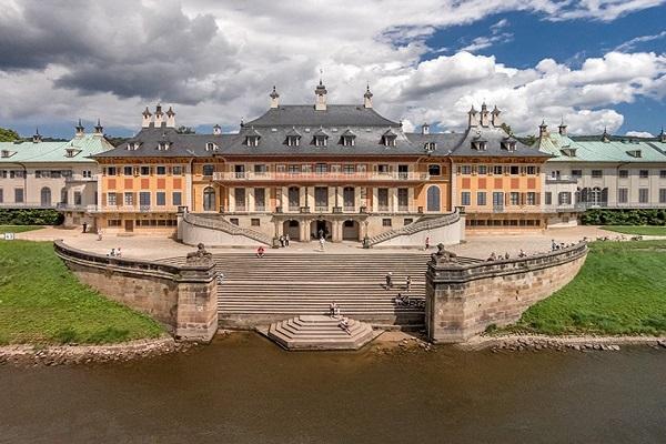 Замок Пильниц. Германия