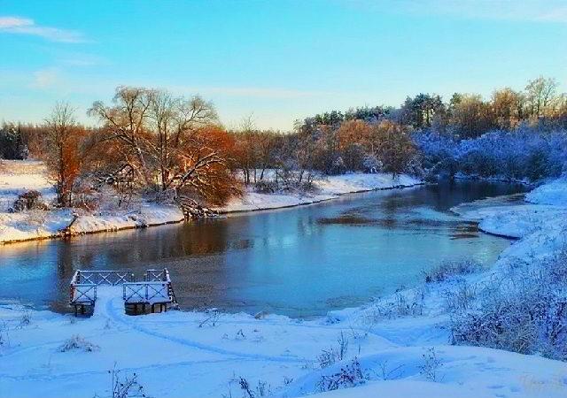 Река Руза в зимний период