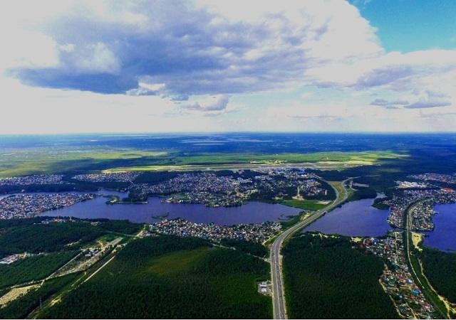 Город Сургут на реке Сок
