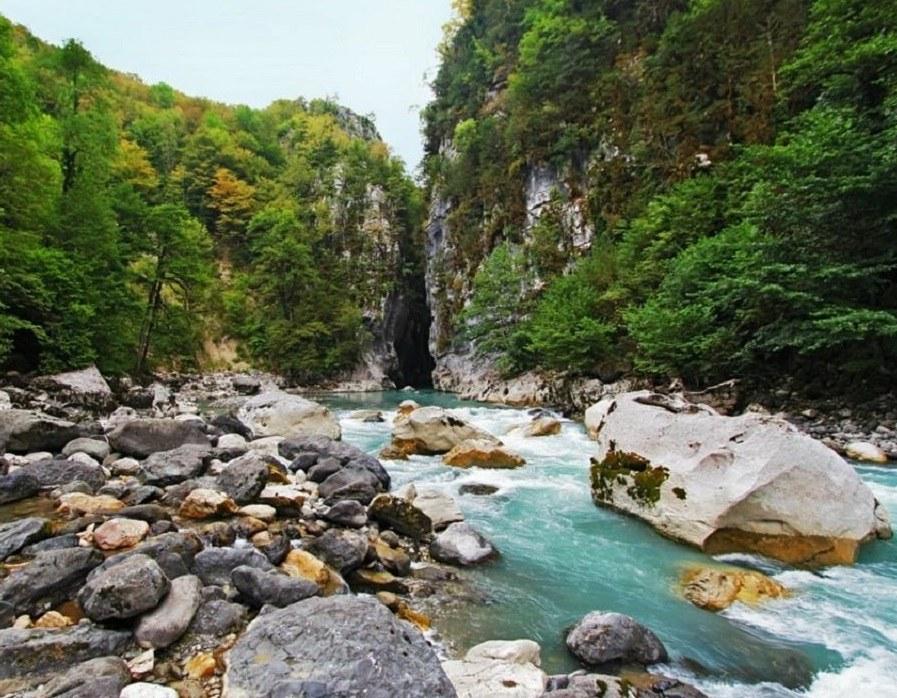 Река Псоу в Абхазии