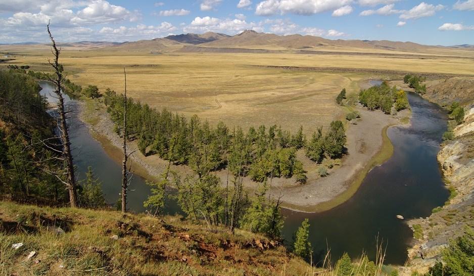 Монголия река