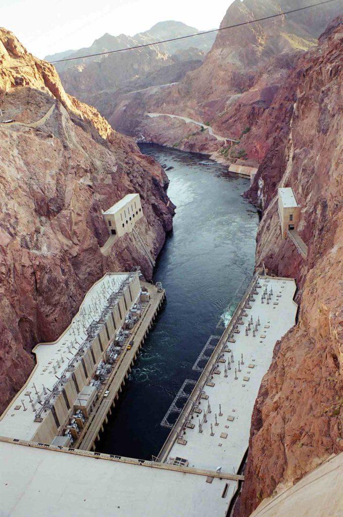 Плотина Гувера на реке Колорадо