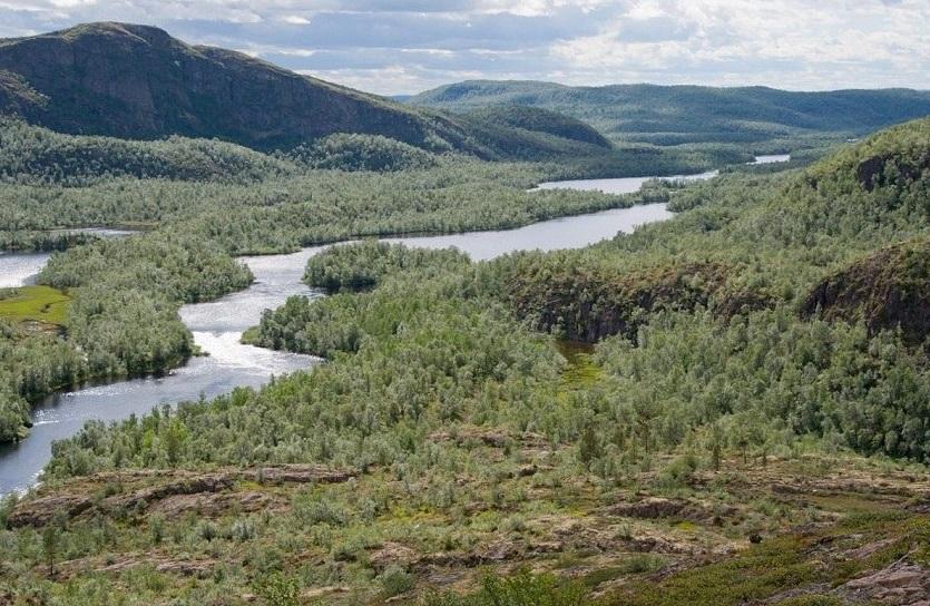 на-реке-Печенга-в мурманской области