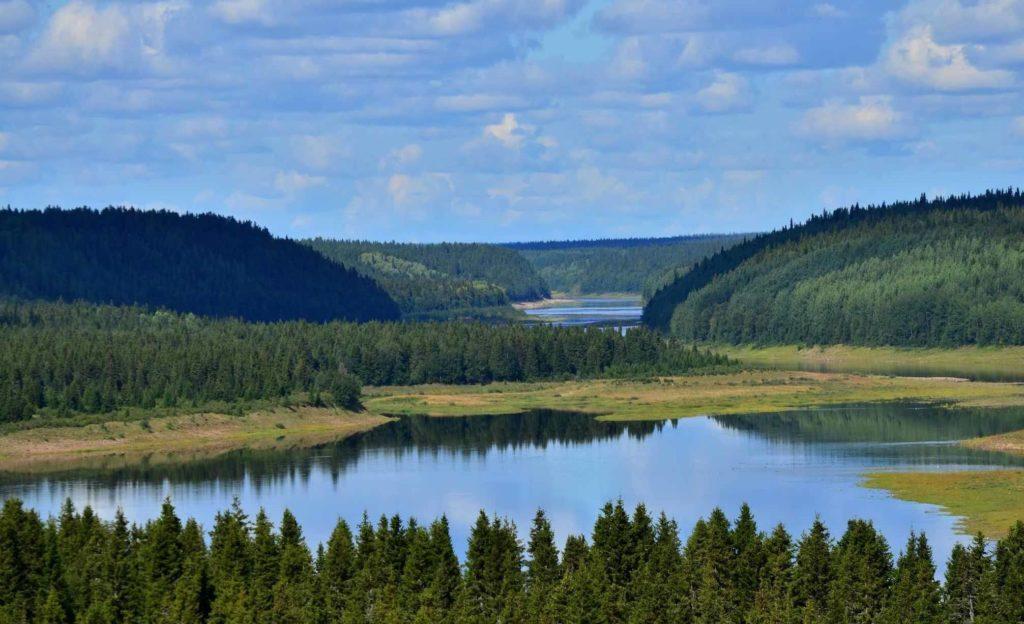 река Варзуга в Мурманской области