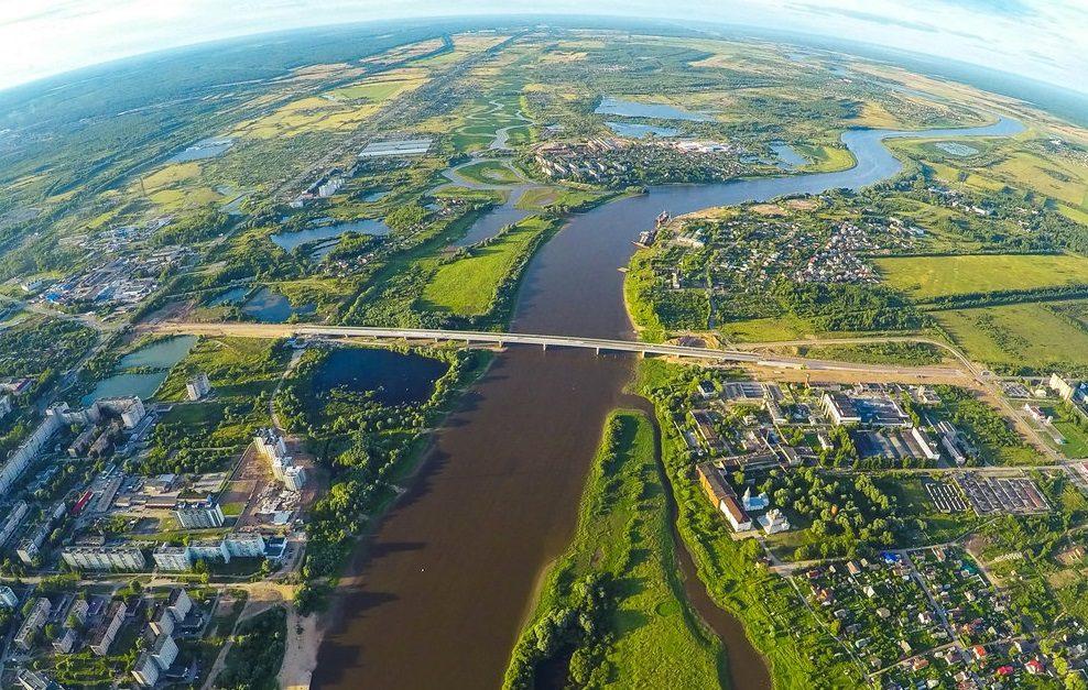 река в Великом Новгороде