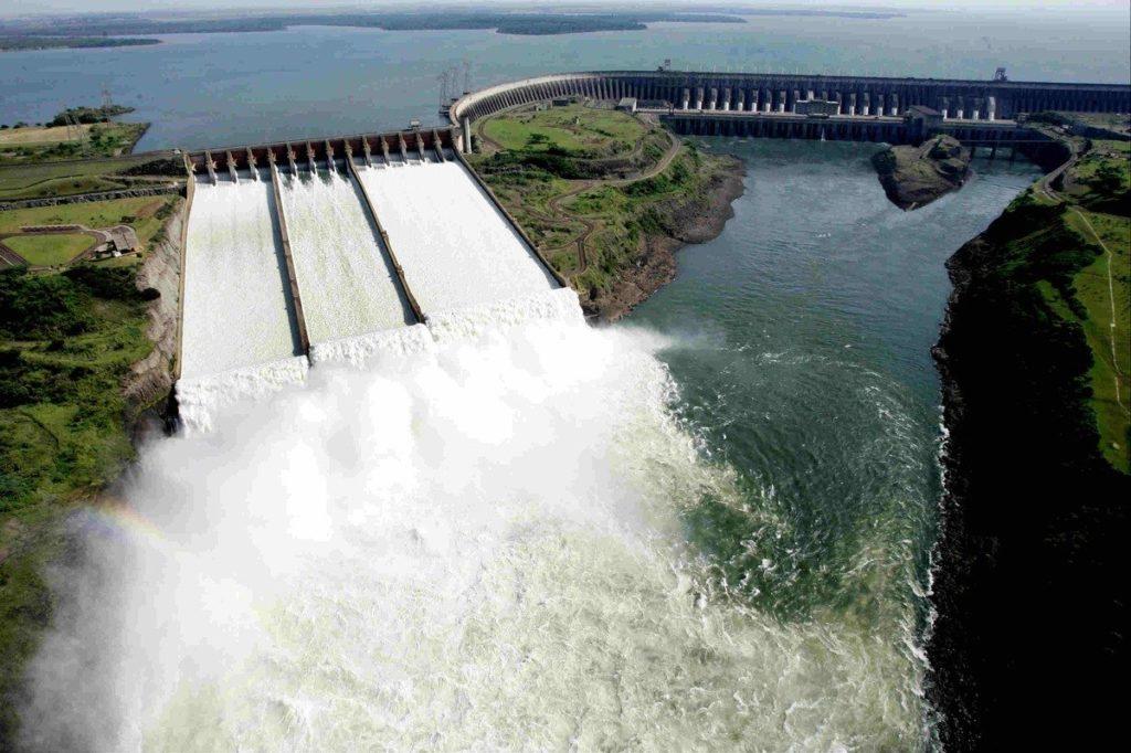 Южная Америка, ГЭС Итайпу, река Парана