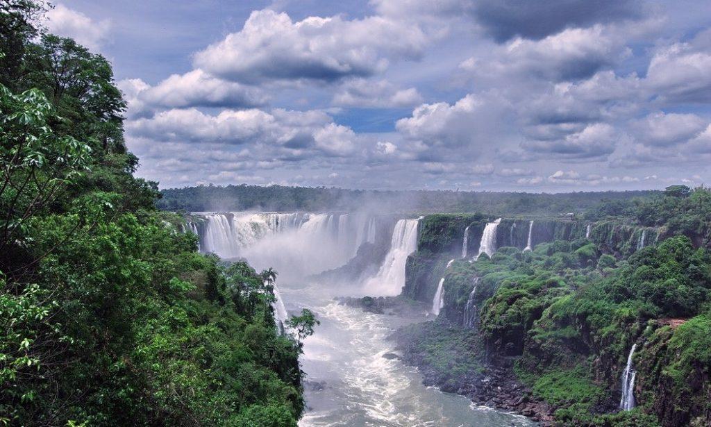 Парана река Южной Америки